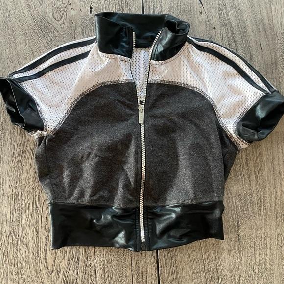 Cropped Bebe sport jacket